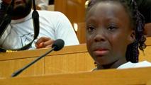 Ir al VideoConmovedor discurso de una niña contra la violencia policial en Charlotte
