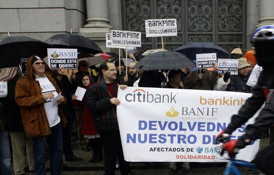 Las consecuencias directas de la  caída de Lehman Brothers en España fueron limitadas