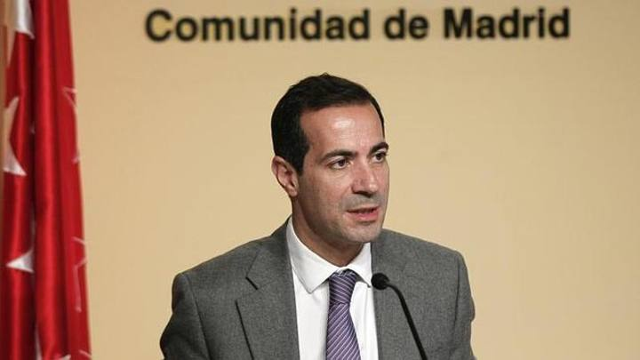 El n mero dos del gobierno de madrid niega pagos a p nica for Sede de la presidencia de la comunidad de madrid