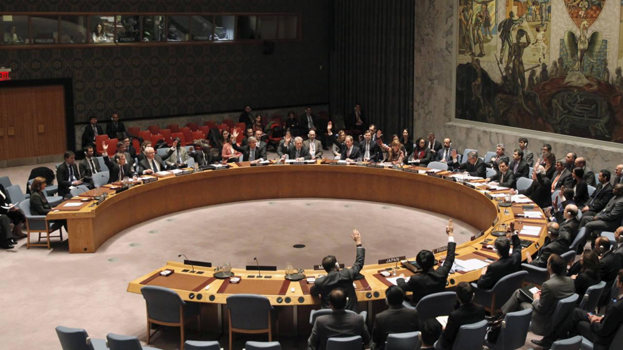 El Consejo de Seguridad de la ONU durante la votación