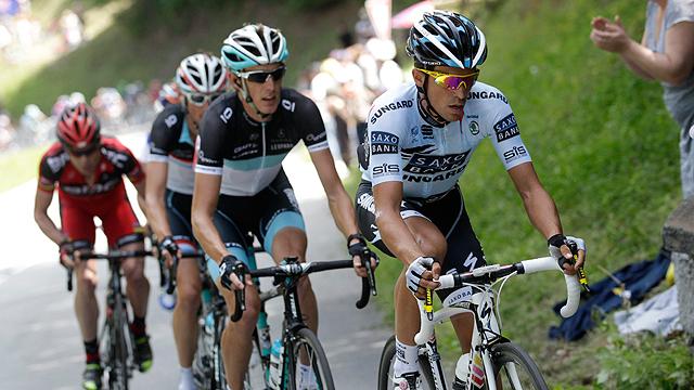 Contador confía en recuperar las piernas para Alpe d'Huez