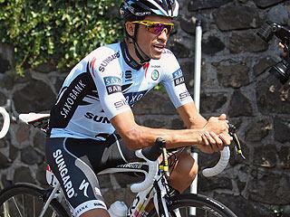 Contador y Flecha se recuperan de sus caídas