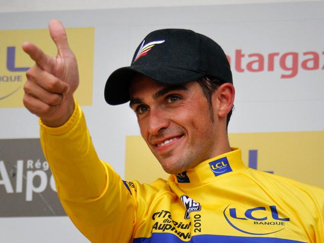 Contador se impone en la prólogo