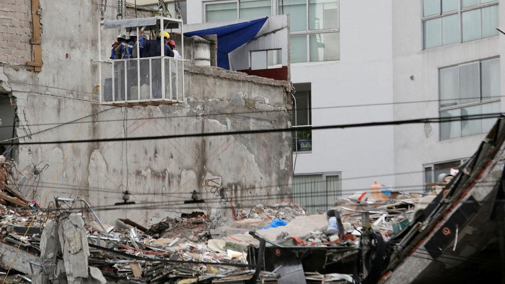 Continúa la reubicación de los habitantes tras el terremoto de México