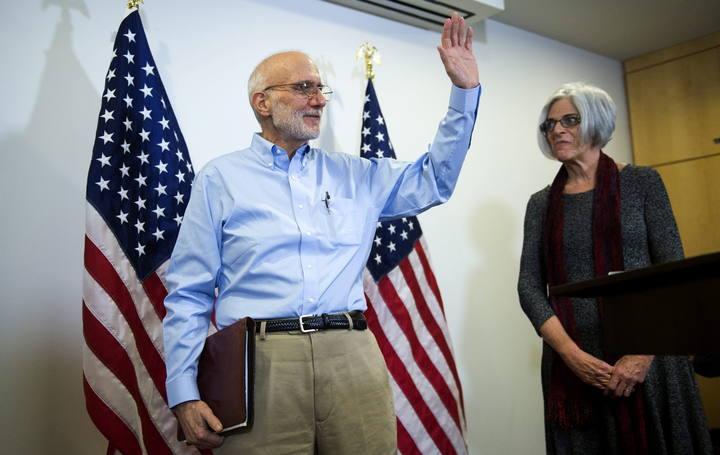El contratista estadounidense Alan Gross tras su liberación