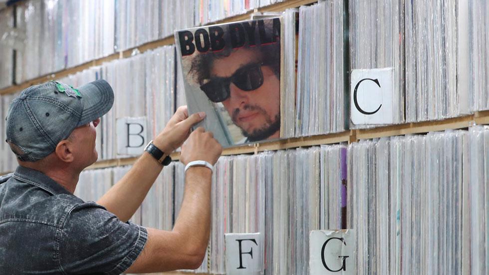Controversia por el Premio Nobel de Literatura concedido a Bob Dylan