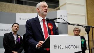 Corbyn pide la dimisión de May por la pérdida de votos de los conservadores