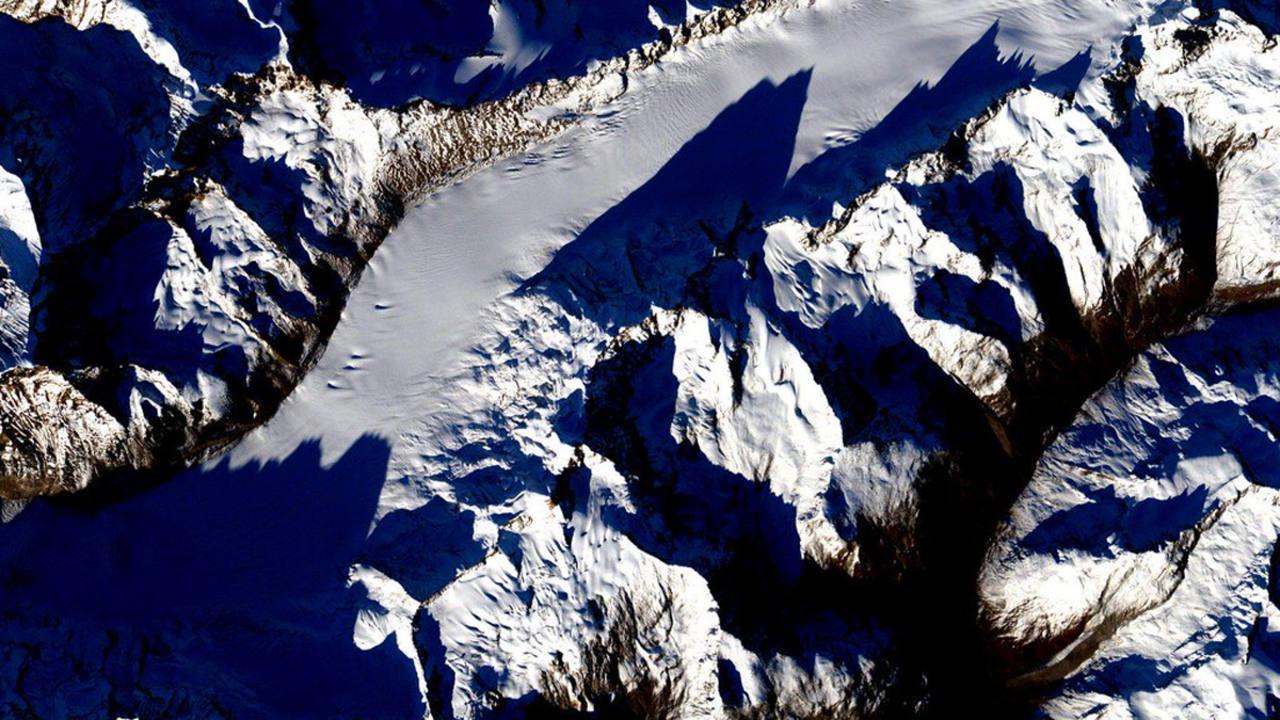 La cordillera del Himalaya, con las cumbres más altas del planeta. (SCOTT KELLY)