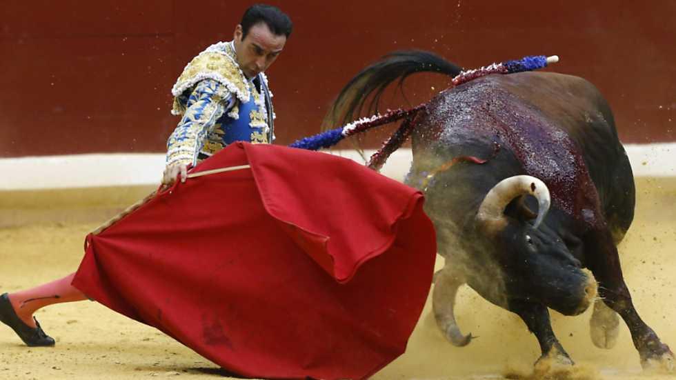 Corrida de toros desde San Sebastián 13 ago 2015 - Enrique Ponce, José Manzanares y Alberto López Simón - Ganadería de Torrestrella