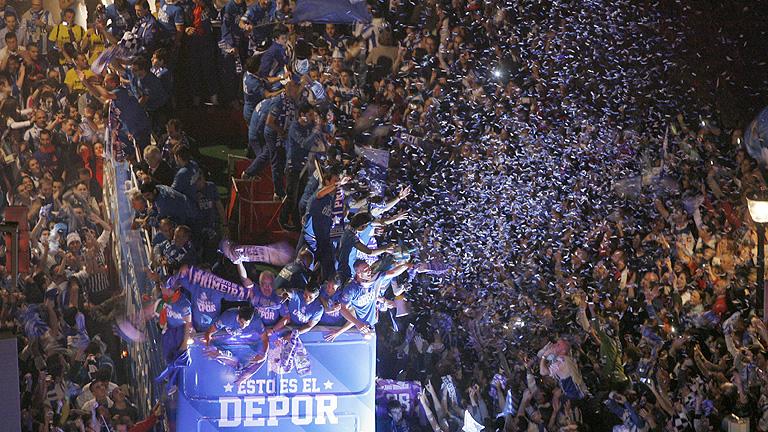 Coruña celebró a lo grande el retorno del 'Depor' a Primera