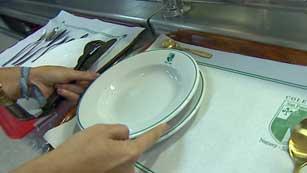 Crecen los casos de alimentos en mal estado en comedores escolares