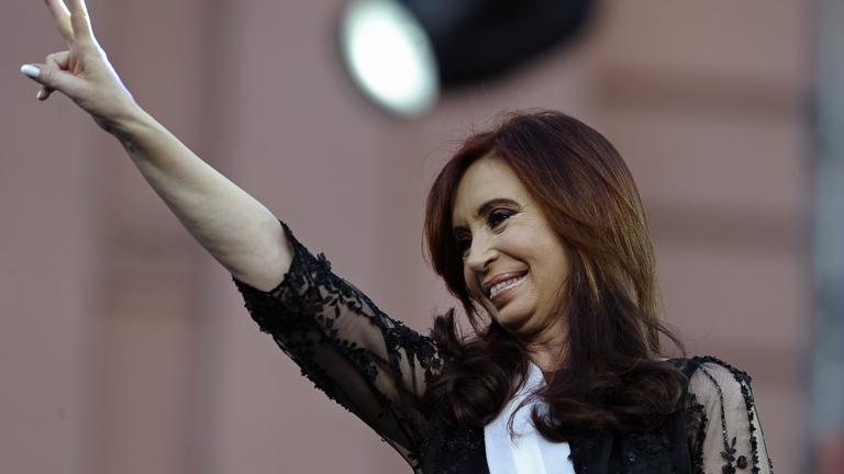 La presidente de Argentina, Cristina Fernández, será opera de de cáncer de tiroides