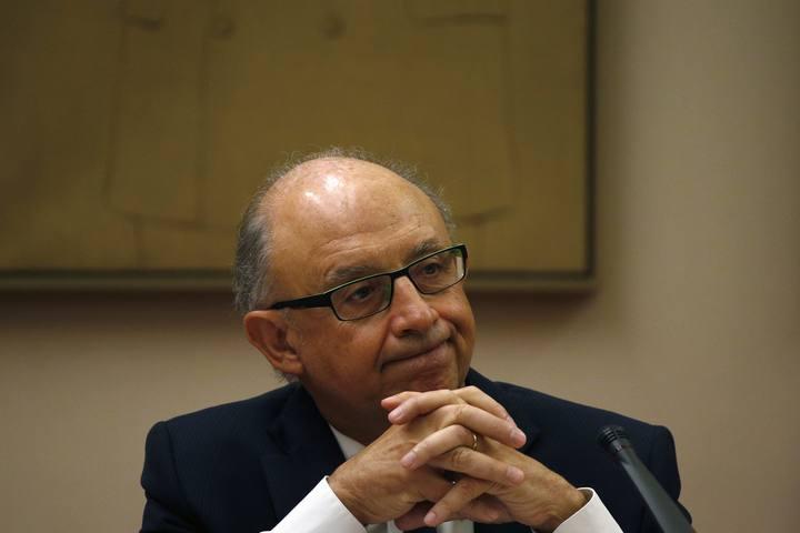 Cristóbal Montoro, ministro de Hacienda y Administraciones Públicas, en el Congreso