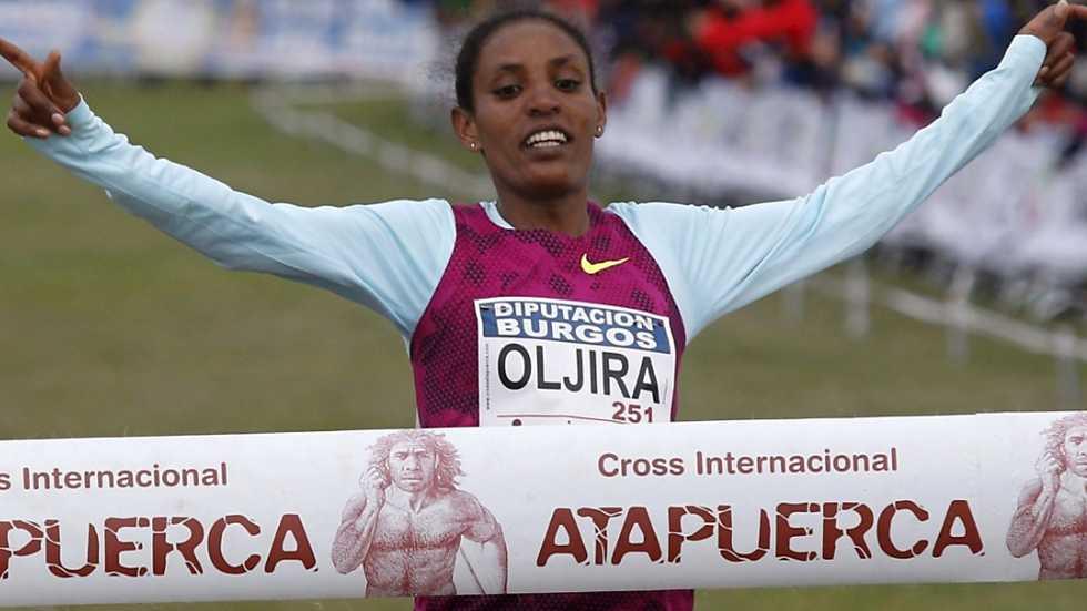 Atletismo - Cross de Atapuerca: carrera femenina