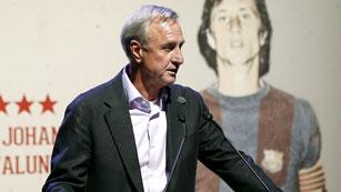 Cruyff, muy crítico con la actual gestión del Barça