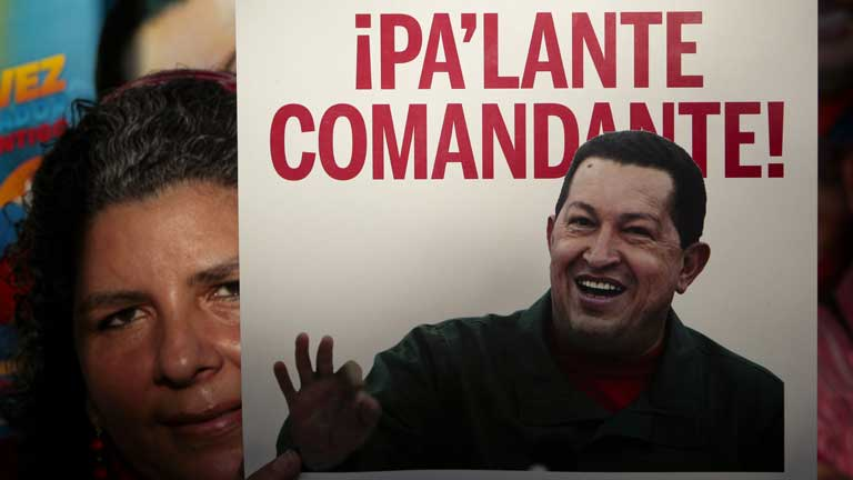 Comienzo del cuarto mandato de Chávez con el presidente hospitalizado en La Habana