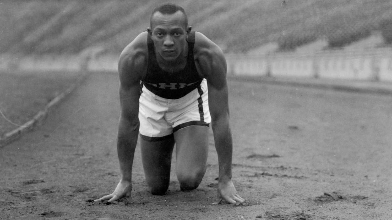 Jesse Owens was a sprinter who run in the Olimpycs Games