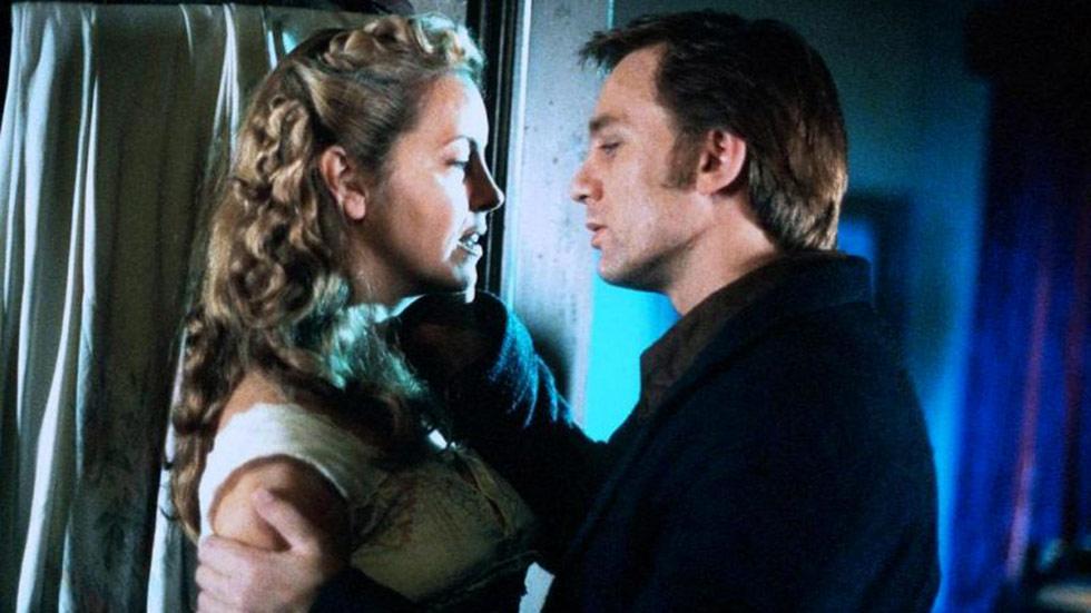 Daniel Craig  y Greta Scacchi protagonizan 'Amor y odio', este viernes, a las 22:20, en 'El Cine de La 2'