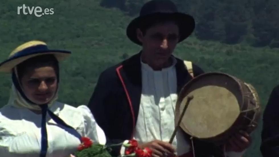 Archivo folclórico español - Danza del tambor