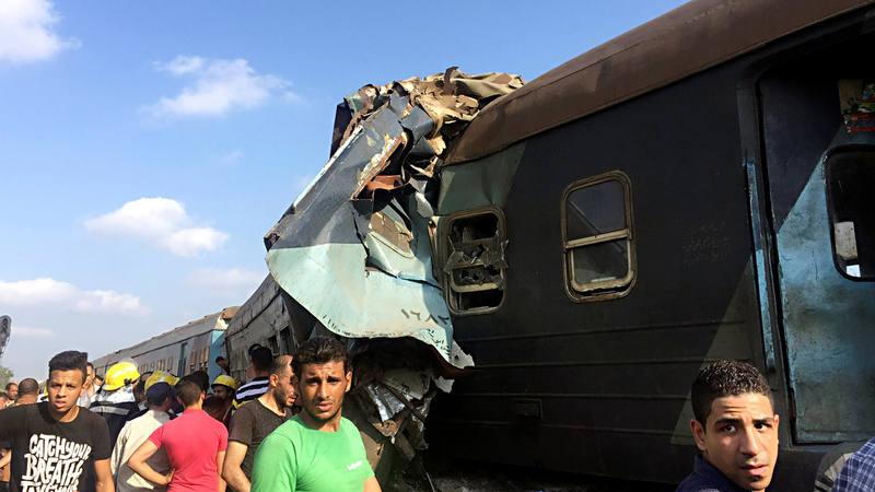 Decenas de muertos en un accidente ferroviario cerca de Alejandría, en Egipto