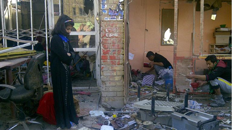 Decenas de muertos en un atentado contra chiíes que asistían a un funeral en Bagdad