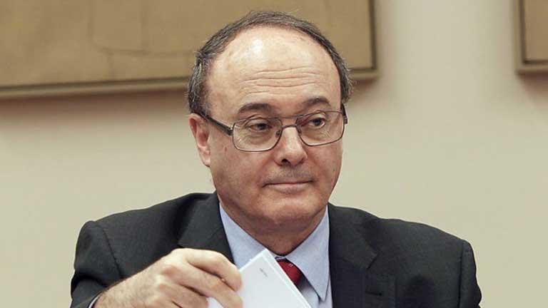 El gobernador del Banco de España cree que no hay que magnificar el papel del supervisor en la crisis