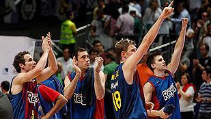 La defensa y el rebote dan el título al Barça