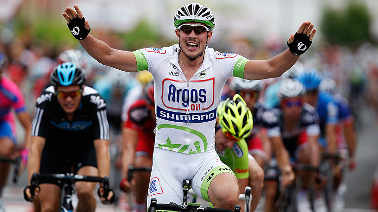 Degenkolb se lleva el primer sprint de la Vuelta