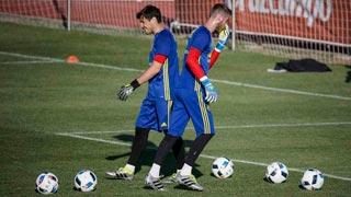 Del Bosque no desvela si jugará Casillas o De Gea en el debut de la Euro
