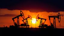Ir al VideoLa demanda mundial de petróleo cae por el freno económico de Europa y China