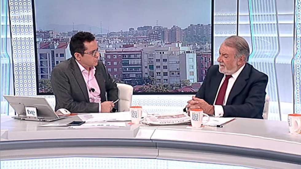 Los desayunos de tve jaime mayor oreja ex ministro del for Ministro de interior actual