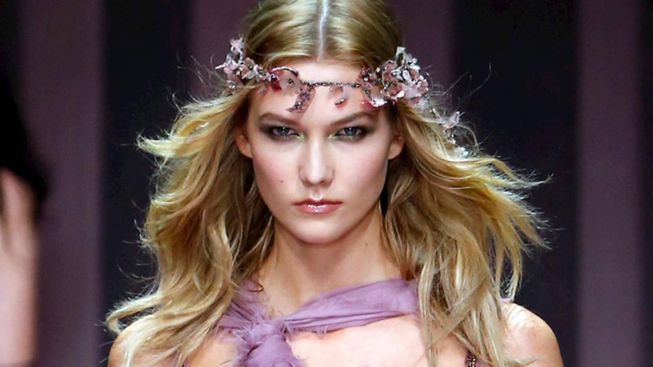 Detalles del desfile de alta costura de Atelier Versace