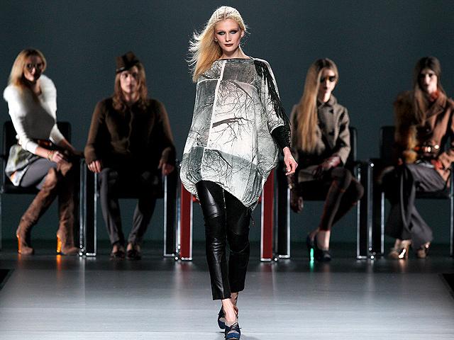 Desfile íntegro de Ion Fiz en Cibeles Madrid Fashion Week 2011