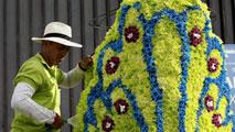 Ir al VideoEl desfile de los 'silleteros', un espectáculo de color en 'La Fiesta de las Flores' de Medellín en Colombia