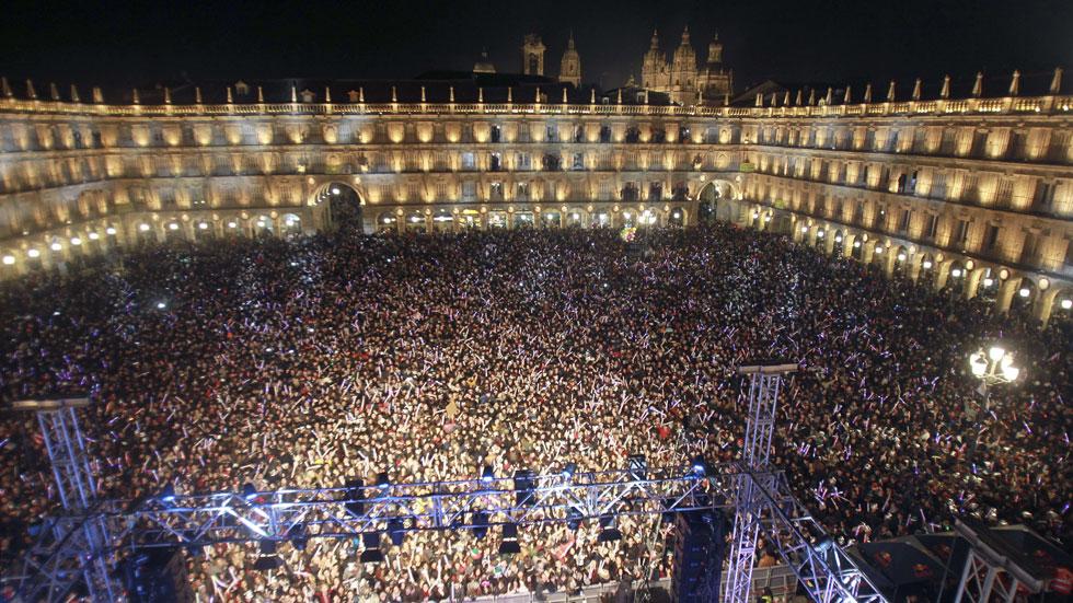 45.000 estudiantes de toda España despidieron el año de forma anticipada en Salamanca