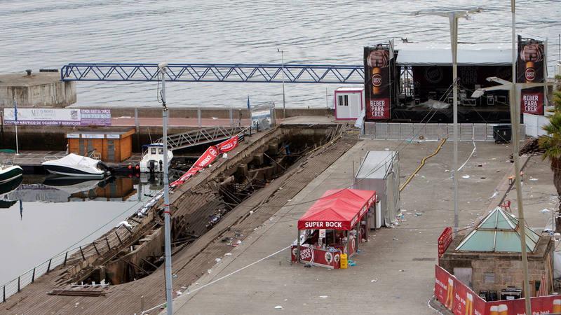 Desplome de una plataforma en el festival O Marisquiño (Vigo)