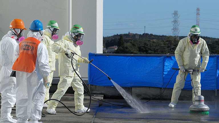 Detectan una fuga de agua radiactiva en la central nuclear de Fukushima