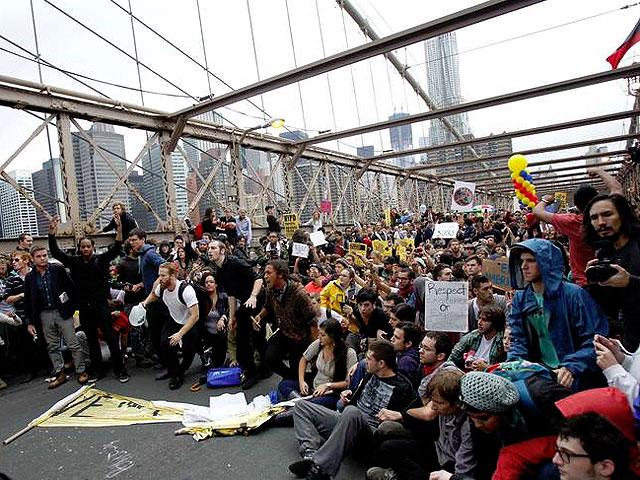 Detienen a 700 'indignados' en protestas en Nueva York