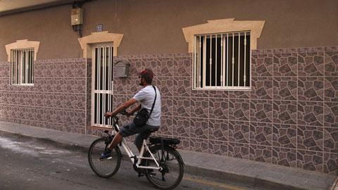 Ir al VideoDetienen a un hombre como presunto autor de la muerte de su pareja en Tenerife