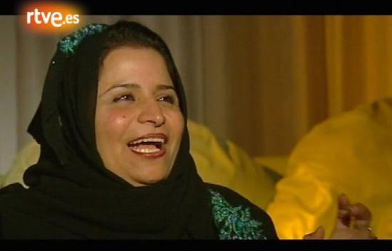 En portada - Detrás de la abaya