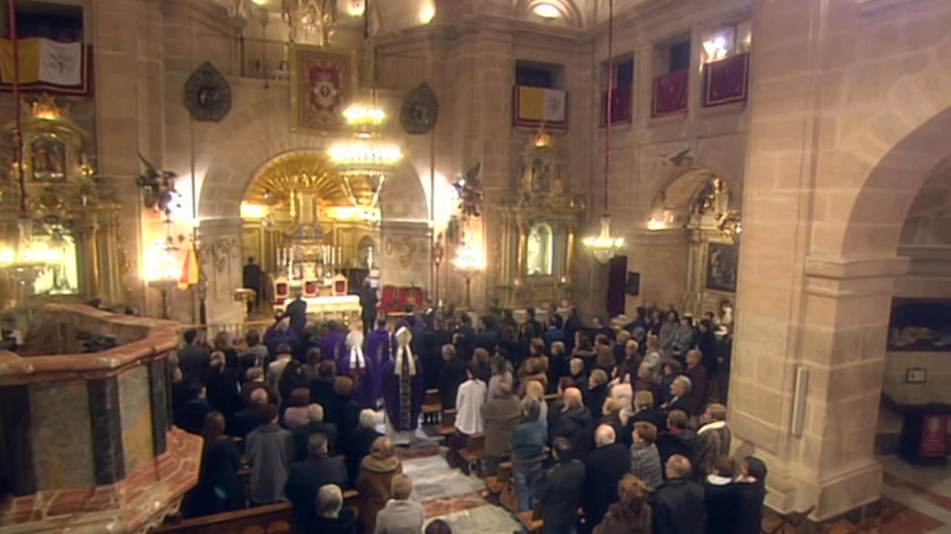 Ir al VideoEl día del Señor - Santuario de la Vera Cruz de Caravaca (Murcia)