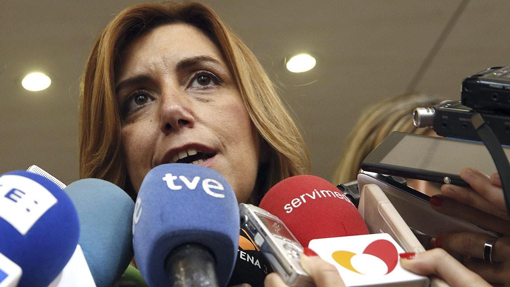 """Susana Díaz se reúne con Pedro Sánchez y pide que el PSOE no sea """"pasarela para otros"""""""