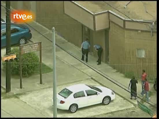 La policía de Los Angeles y la Agencia Antidroga registra la clínica del doctor de Michael Jackson