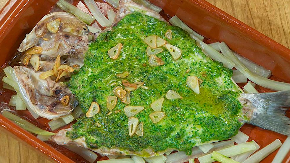 Torres en la cocina - Dorada al pesto con avellanas