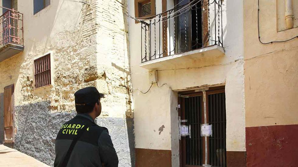 Dos hermanos muertos en un incendio en Zaragoza