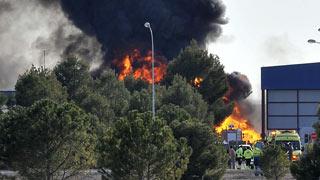 Dos muertos y 10 heridos al estrellarse un F-16 griego en la base aérea de Los Llanos, en Albacete
