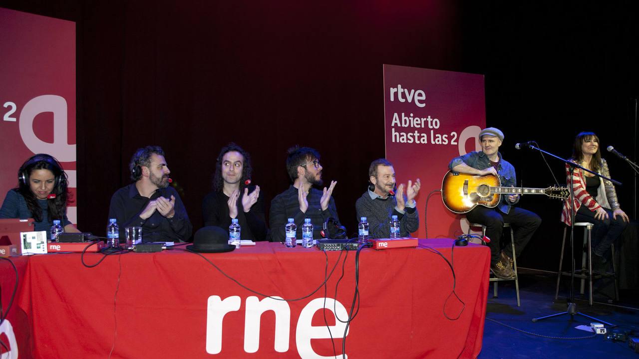 El dúo zaragozano tocó en acústico temas incluidos en 'Nocturnal'