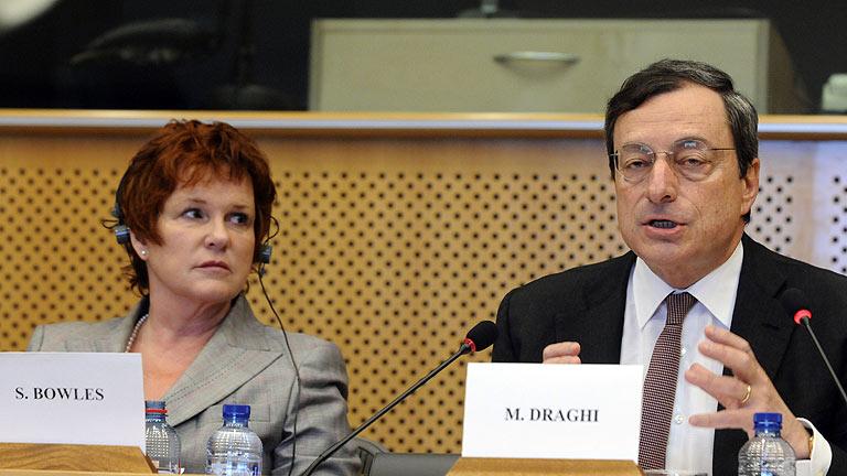 Draghi critica la actuación del gobierno español en la crisis de Bankia