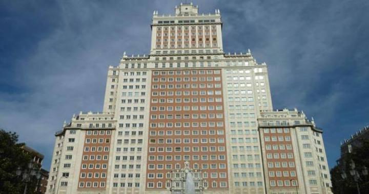 El Edificio España, situado en pleno centro de Madrid