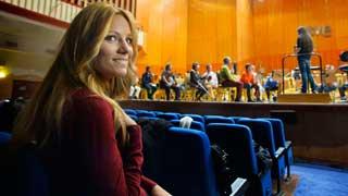 """Eurovisión 2015 - Edurne graba """"Amanecer"""" con la Orquesta y Coro de RTVE"""